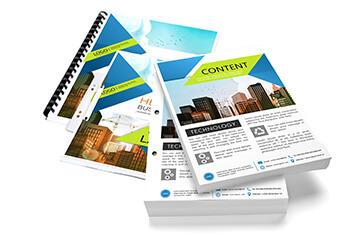 A4 Print Blätter, Broschüren und Hefte werden gezeigt