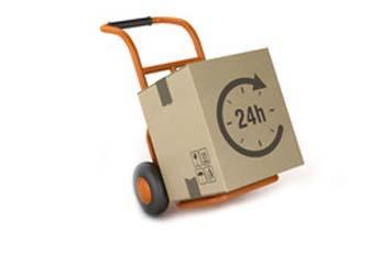 Eine Sackkarre mit einem Express-Paket